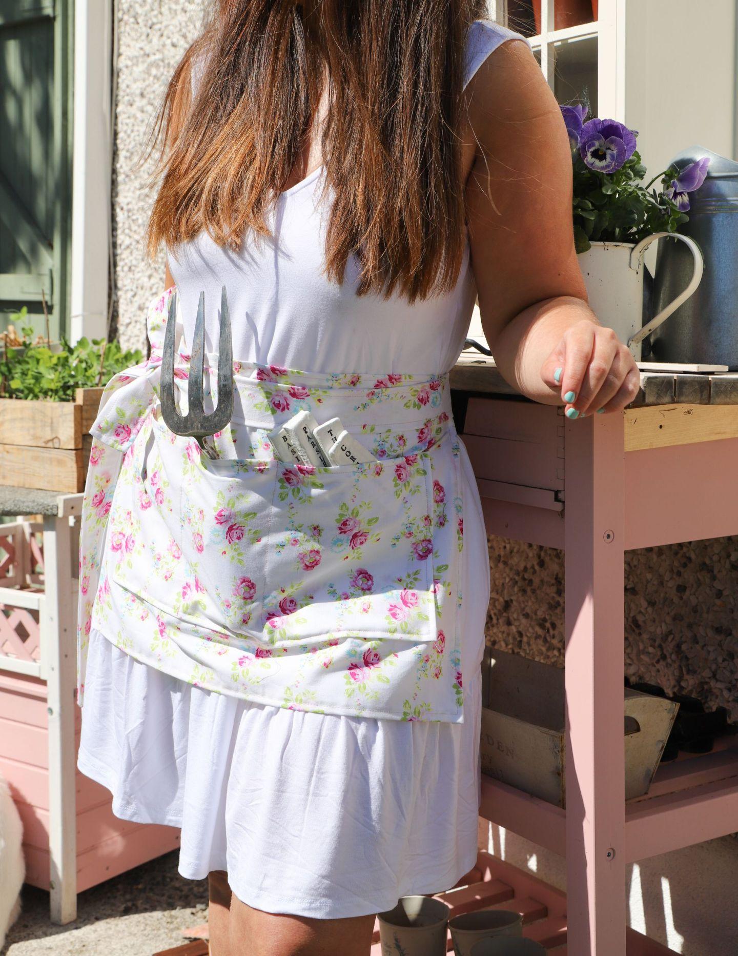 Easy Sew Garden Apron
