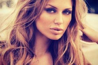 Russian TV presenter model and actress Victoria Bonya 2 e1501451085514 - La Historia de Victoria Bonya