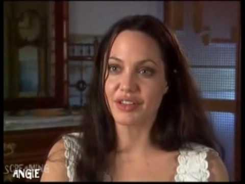 hqdefault - Todas Las Cirugías de Angelina Jolie