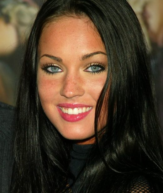 megan fox oct 2003 e1501446893194 - Todas Las Cirugías de Megan Fox