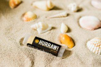 hurraw1 e1502474744854 - Bálsamos Orgánicos Para Labios de Hurraw