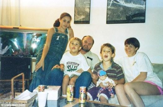 3BCC051100000578 4084948 Thomas Jr says that says that his father Thomas Markle Sr has al a 4 1483559898121 - Las Cirugías de Meghan Markle