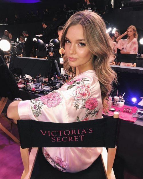 josephine e1511547362753 - El Desfile de Victoria's Secret 2017