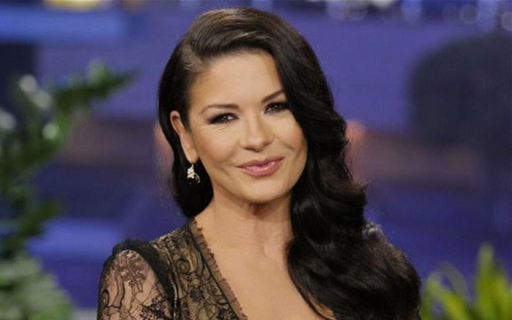 Catherine Zeta Jones beauty tips - Las Cirugías de Catherine Zeta-Jones