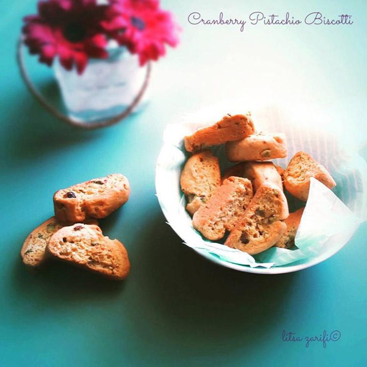 Μπισκότα με φιστίκια και κράνμπερις
