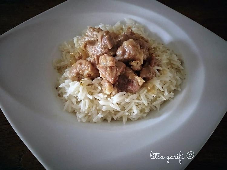 Μπουκίτσες κατσικιού με ρύζι