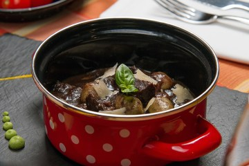 wild boar in pot
