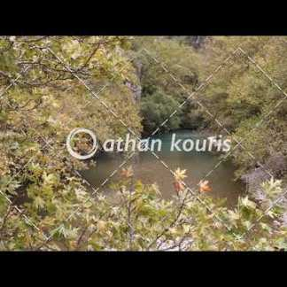 αγορά πλάνα βίντεο on line Βοϊδομάτης από γέφυρα Κλειδωνιάς διάρκειας 14 sec V-1049