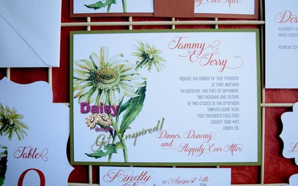 Double Daisy invite green background