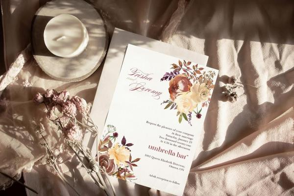 DIY Printable - Boho Romance invite and envelope with dried flowers on table cloth