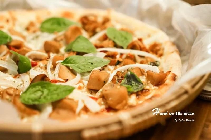 handonpizza-43
