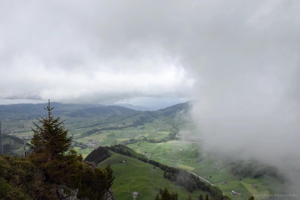 懸崖餐廳, 瑞士自助, 世紀最美餐廳, 瑞士自由行, 瑞士美食, 洞穴教堂, ebenalp, Appenzell, 阿彭策健行, Berggasthaus Aescher