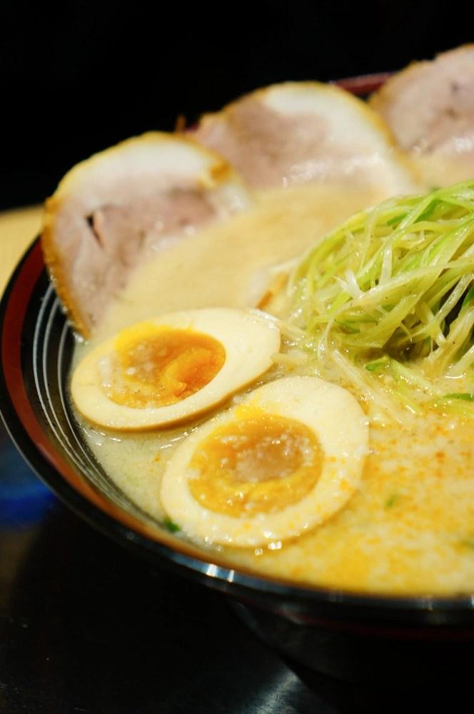 中山站拉麵, 中山站美食, 小妤涼拌豆腐, 奶油玉米菠菜, 超值東京拉麵