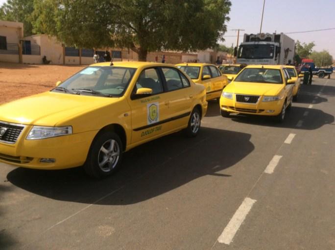 Transport : la commune de Linguère dotée de 12 taxis à gaz