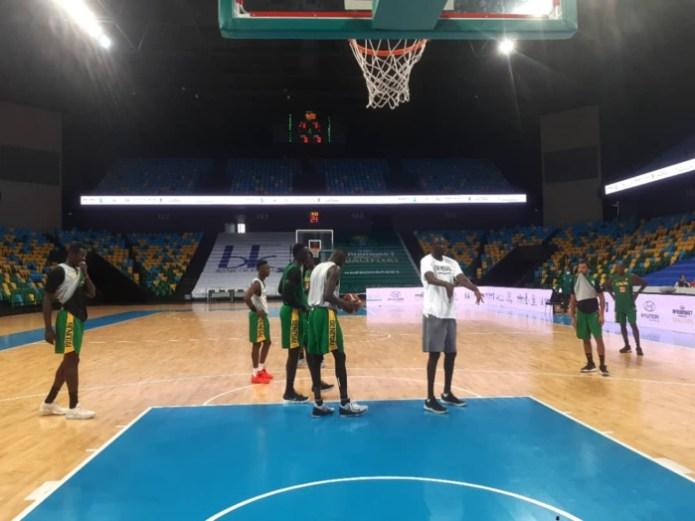 Tournoi qualificatif Afrobasket 2021 : Quatre joueurs dont Maurice Ndour et Youssou manquent encore à l'appel, en attendant les résultats des tests Covid-19.