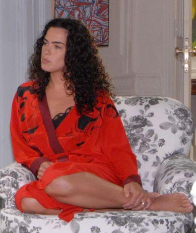 transformare-spectaculoasa-cum-arata-ana-paula-arosia-interpreta-giulianei-din-telenovela-terra-nostra_2