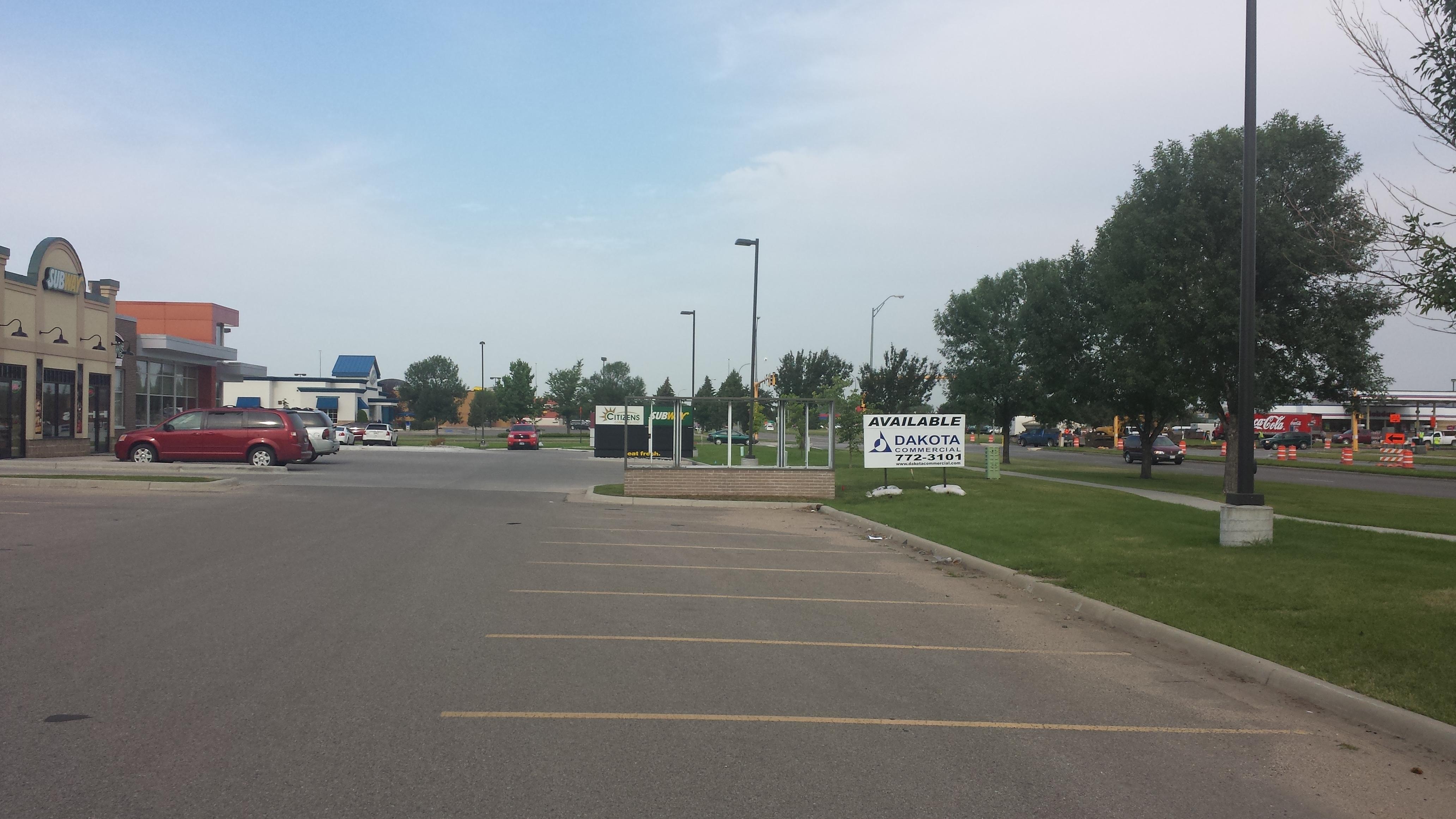Retail Corridor Spaces For Lease Dakota Commercial