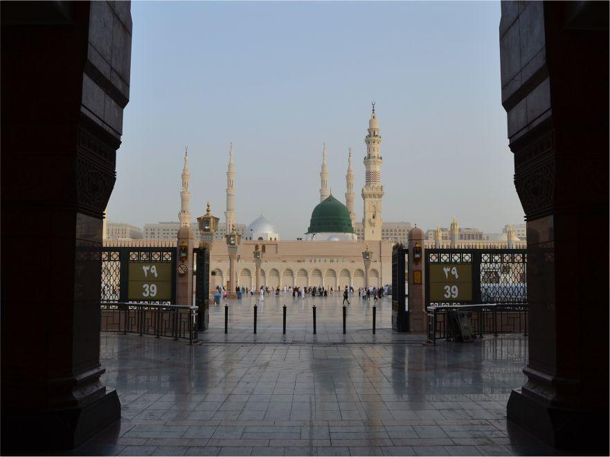 hujjah- Shalat Jamaah selain di Masjid Apakah Sama Nilainya dengan Shalat Jamaah Di Masjid