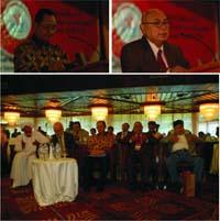 Bpk Suripto (kanan), Prof. Gunawan Joyodiningrat (kiri), para nara sumber, dan tamu undangan acara IHCAVO