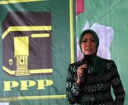 Anggota Komisi IX DPR Okky Asokawati. (romahurmuziy.com)