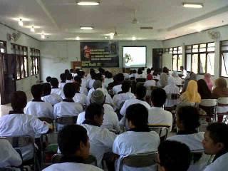 Pelantikan 36 DPRa PKS baru di Gresik, Ahad (17/2). (Danil Setiawan)