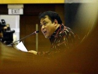 DPR memilih Arief Hidayat sebagai Hakim Konstitusi di Mahkamah Konstitusi menggantikan Mahfud MD yang masa jabatannya berakhir pada 1 April 2013. (Republika/Tahta Aidilla)