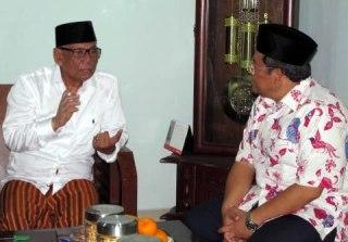 Hasyim Muzadi dan Ahmad Heryawan. (aherdemiz.com)