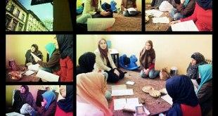 (gambar : Kajian tausiyah dan belajar membaca al-Qur'an, dibimbing oleh Sister Sakina Othman dan Sister Fathinakmal Mazelan, Islamic Centre Krakow)