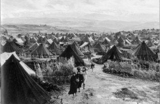 Jutaan rakyat Palestina terpaksa mengungsi saat peristiwa Nakbah. (Doc. sabbah.biz)
