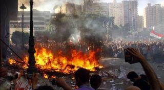 Demo Anarkis Oposisi Mesir (foto BBC)