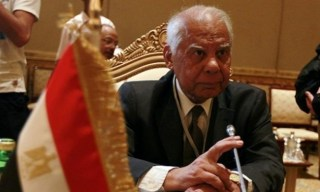 Hazim Bablawi, mantan perdana menteri kudeta Mesir