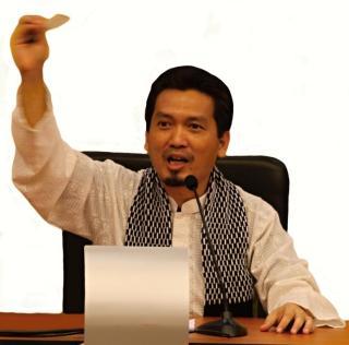 Drs. Al Muzzammil Yusuf, Wakil Ketua Komisi III DPR RI Fraksi PKS
