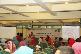 Seminar-HIV-AIDS