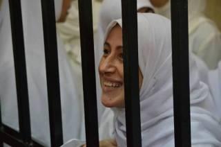 """Di antara mahasiswi """"7 Pagi"""" saat persidangan (egyptwindow)"""