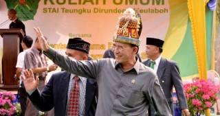 Menteri Agama Suryadharma Ali saat mengunjungi STIA Teungku Dirundeng, Meulaboh, Aceh, Selasa (18/2) - Foto: diliputnews.com