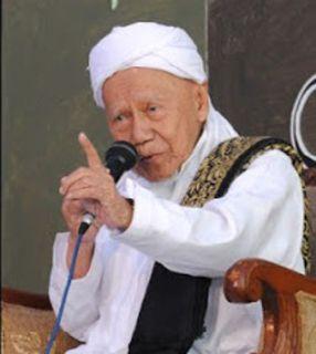 Pengasuh Pesantren Darul Falah Jekulo, Kudus , Jawa Tengah, KH Ahmad Basyir wafat Selasa (18/3), pukul 00.10 WIB di Rumah Sakit Islam  Kudus. - Foto: nu.or.id
