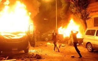 Peledakan bom molotov di sekitar Kedubes Israel di Cairo (paltimes)