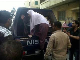 Aparat kudeta juga menangkapi para aktivis muslimah anti kudeta (tahrirnews)