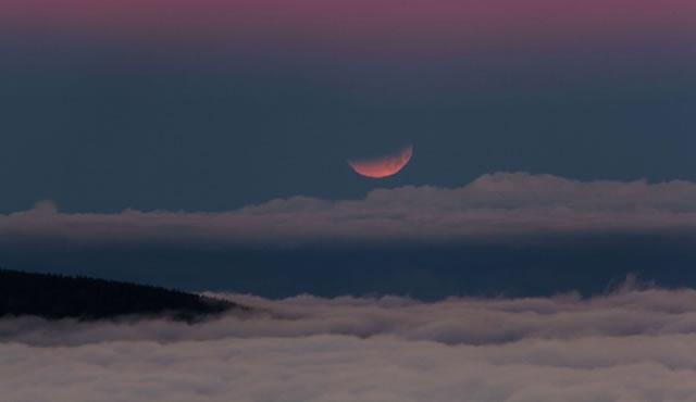 gerhana-bulan-2014-04-10