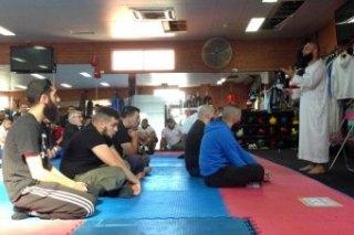 Brotherhood Boxn, Gym yang digunakan untuk Shalat Jumat terletak di daerah Bankstown di Sydney, Australia, - (tribunnews.com)
