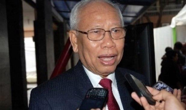 Mantan Ketua Mahkamah Agung yang kini menjadi Ketua Dewan Pers, Bagir Manan. (ANTARA/Fahrul Jayadiputra)