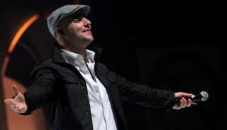 Maher Zain tampil dalam konser Silaturahim untuk Indonesia d Istora Senayan Jakarta, (metrotvnews.com)