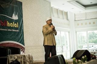 KH. Abdullah Gymnastiar atau Aa Gym saat memberikan taujih pada Halal Bil Halal Ikatan Keluarga Muslim Indonesia (IKMI) pada, Ahad, 31/08/2014. ((SWT-Humas IKMI)