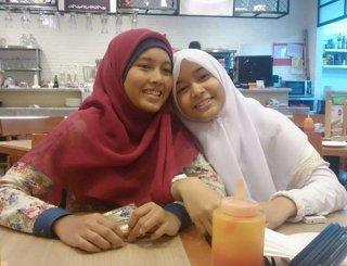 Azkia Rahmah, siswi kelas 12 SMU kharisma Bangsa. (SS/YM/PKSBanten)