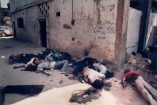 Sekitar 3.500-8.000 orang meninggal pada pembantaian Kamp Pengungsi Sabra-Shatila pada 16-18 September 1982 yang dipimpin Ariel Sharon. (knrp.org)