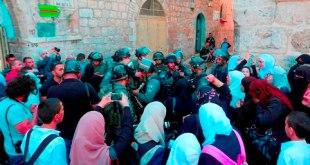 Tentara Zionis halangi warga masuki masjid Al-Aqsha (zadnews.com)
