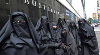 Muslimah bercadar di Australia (achahed.com)