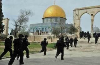 Tentara penjajah Israel berulangkali menyerbu masjid suci Al-Aqsha (islammemo.cc)