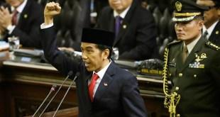 Presiden Joko Widodo sedang memberikan pidato perdana di sidang paripurna MPR. (Tempo)
