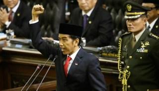 Presiden Joko Widodo sedang memberikan pidati perdana di sidang paripurna MPR. (Tempo)
